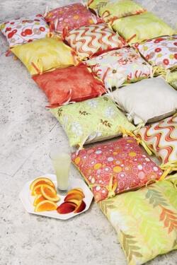 Naturella Pillow Bed by Pat Bravo